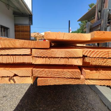 Planche en douglas choix 2 brut 27 x 200 mm