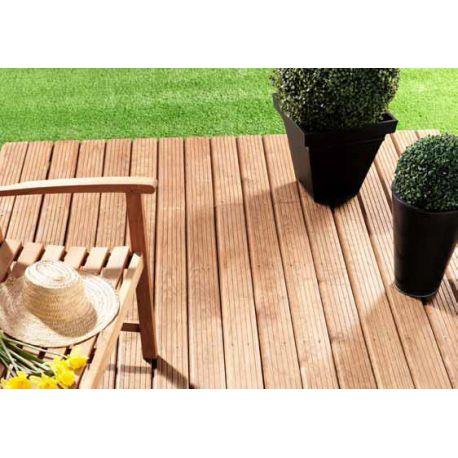 Terrasse en Pin des Landes marron sans noeud profil biseauté
